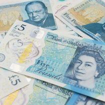 La libra continúa histórica caída por el temor a un Brexit