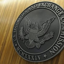 Reguladores financieros buscan responsabilizar a ejecutivos