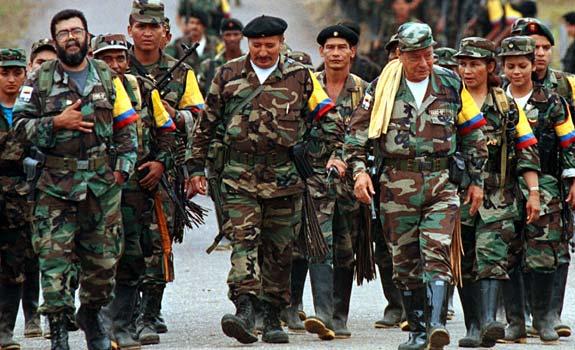Líder de las FARC alega que paso de cazabombarderos en firma de la paz fue una provocación