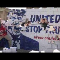 [VIDEO VIDA] Activistas levantan y derriban el