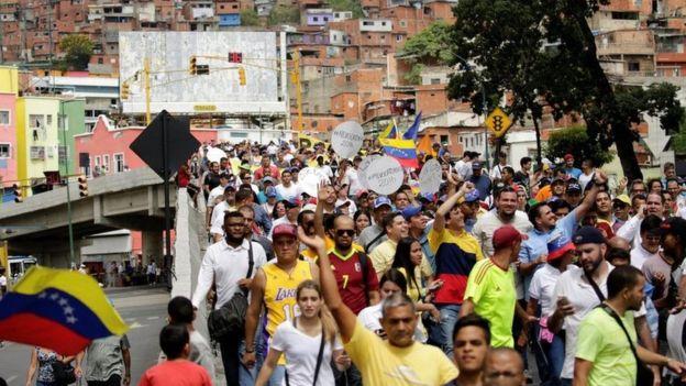 """La oposición venezolana fijó varias rutas para la protesta que denominó """"Toma de Caracas""""."""