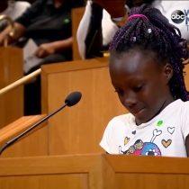 [VIDEO] El emotivo testimonio de una niña de 9 años contra el racismo en Estados Unidos