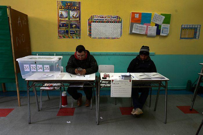 Vocales de mesa recibirán $17 mil por su labor en las municipales
