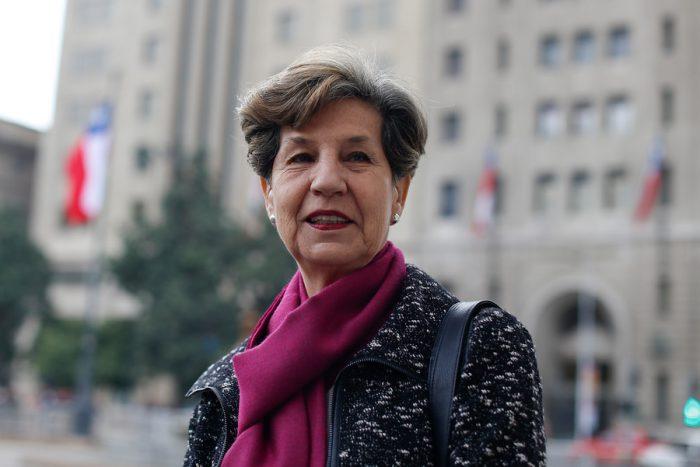 Isabel Allende sale a desmentir a La Segunda y niega