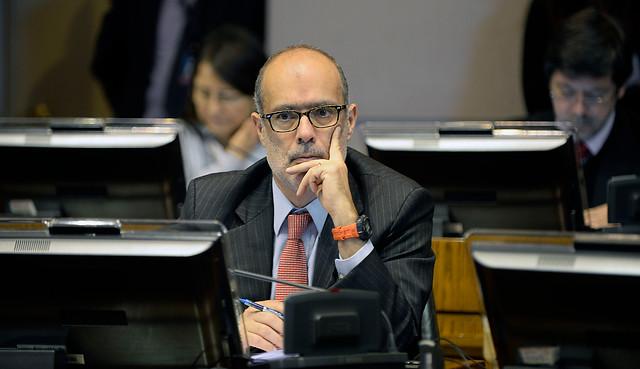 PPD siente el golpe postmunicipales y rechaza reajuste al sector público propuesto por el ministro de Hacienda, militante de su partido