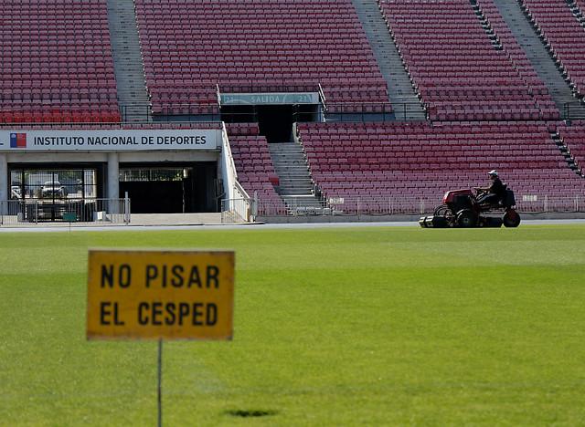 [FOTOS] Los preparativos en la cancha del Nacional para el duelo con Perú