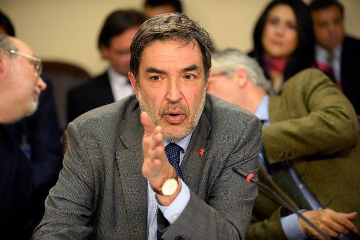 Las dudas oficialistas sobre el conflictivo estilo de Santamaría a la cabeza del Servel