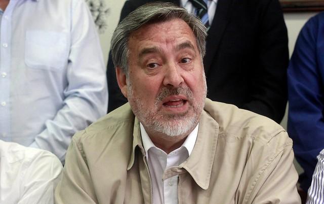 Guillier le pone presión a La Moneda: