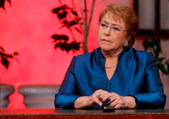 Adimark: Presidenta Bachelet supera barrera del 20% y ministra Delpiano alcanza 77% de desaprobación