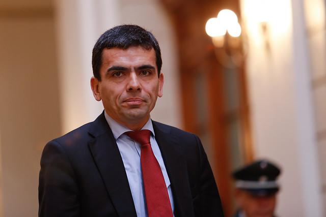 """""""No más preguntas, Su Señoría"""": la áspera discusión entre el ex fiscal Carlos Gajardo y el abogado de Iván Moreira"""