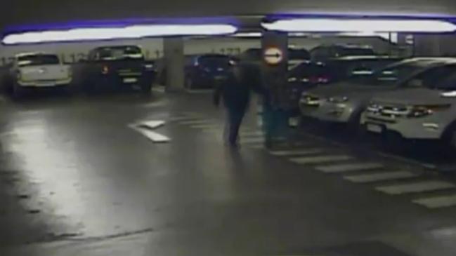Denuncian millonario robo en estacionamiento subterráneo ubicado debajo de La Moneda