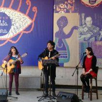 Con canción en homenaje a Violeta, Manuel García y familia Parra celebran Día de la Música Chilena