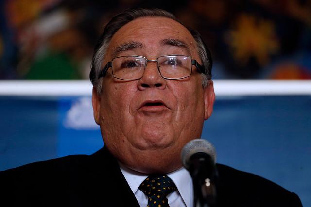 Peña apunta a Campos por conflicto de interés y dice que el Gobierno cometió un severo error al no
