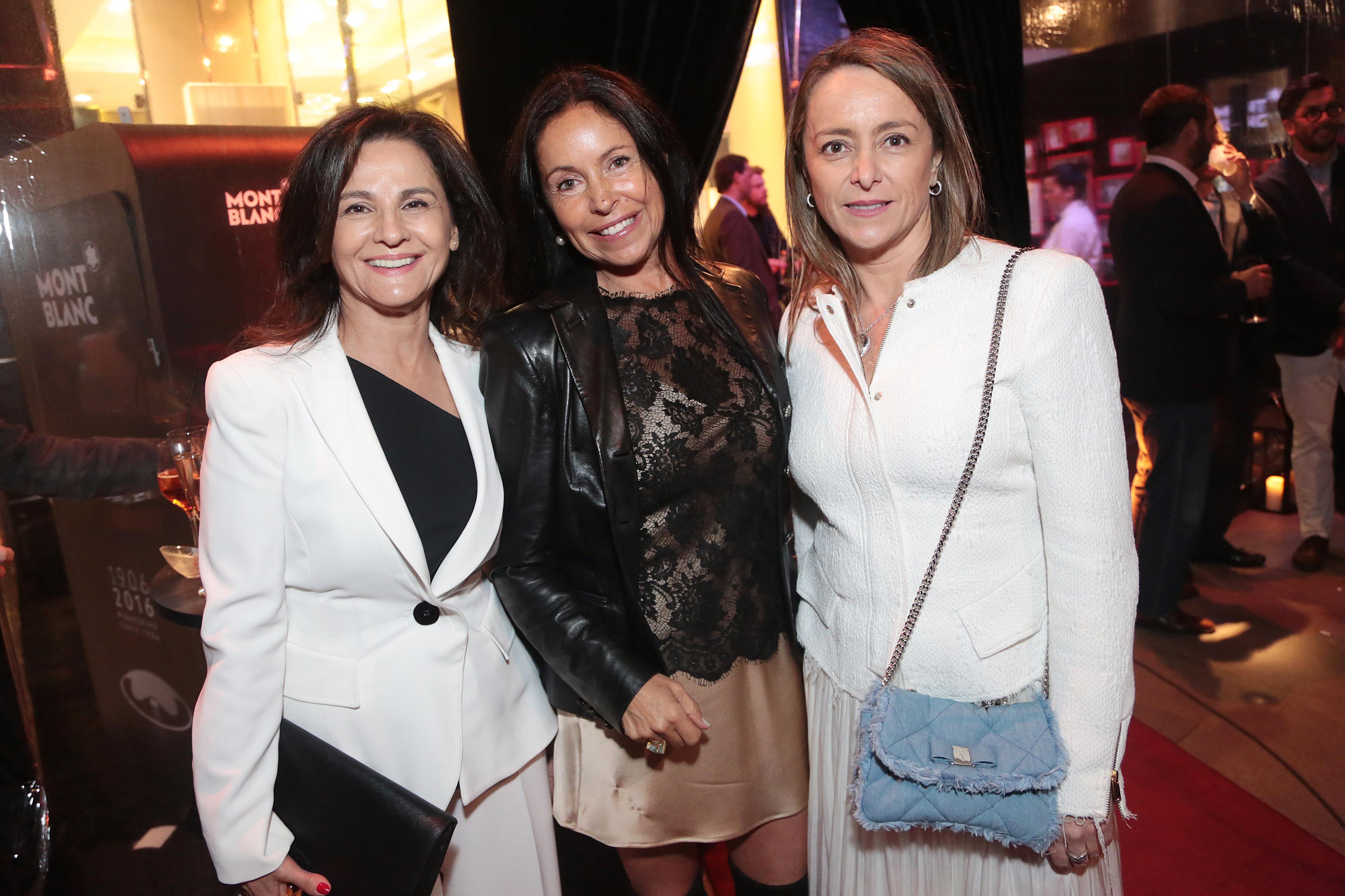 Lía Fernández, Paula Byrt y Andrea Sandoval.