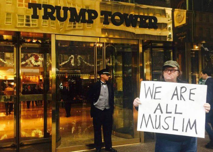 Michael Moore estrena película sobre Donald Trump