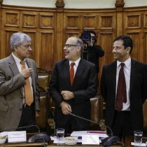 Hacienda revela que presupuesto 2017 será financiado con hasta US$ 11.500 millones de deuda y resultará en que Chile pierda su rol de ser el único acreedor neto de la región