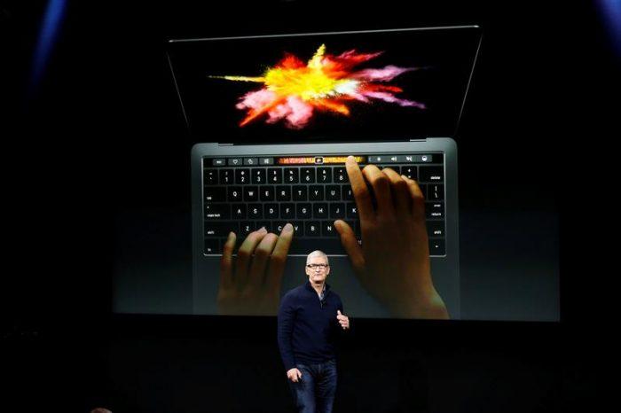 Apple confirma rumores y presenta su nuevo MacBook con lector de huellas y barra táctil en el teclado