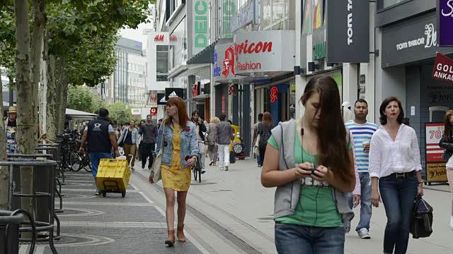 Siempre un poquito distintos: Cómo se viste la gente común en Berlín