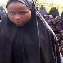 Nigeria: liberan a 21 niñas de la escuela de Chibok secuestradas hace dos años por un grupo yihadista