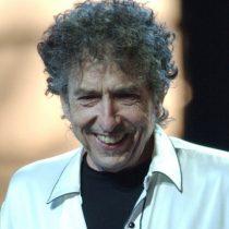 La Academia sueca no ha podido comunicarle el Nobel a Dylan: No contesta