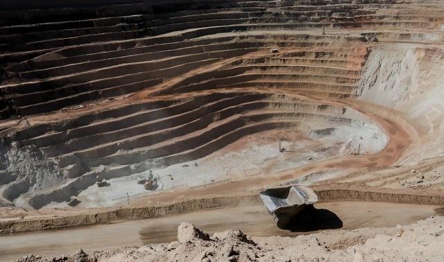 Economía chilena estaría tomando segundo aire: producción industrial creció 3,3% impulsada por fuerte recuperación de la minería