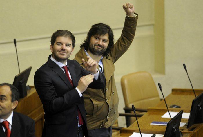 Navarro sacude el avispero presidencial: presenta moción para que Jackson y Boric puedan ser candidatos