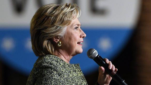 Desde que dejó la Secretaría de Estado estadounidense, Hillary Clinton pronunció múltiples conferencias por las que ganó unos US$26 millones, según reportes.