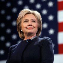 Clinton le saca 57 puntos de ventaja a Trump en intención de voto de hispanos