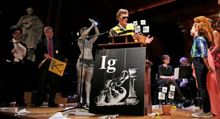Los Premios Ig Nobel: elogio a las investigaciones ridículas