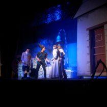 """Obra familiar """"Cuento que ya no hay cuentos"""" en Teatro Finis Terrae, hasta el 30 de octubre"""