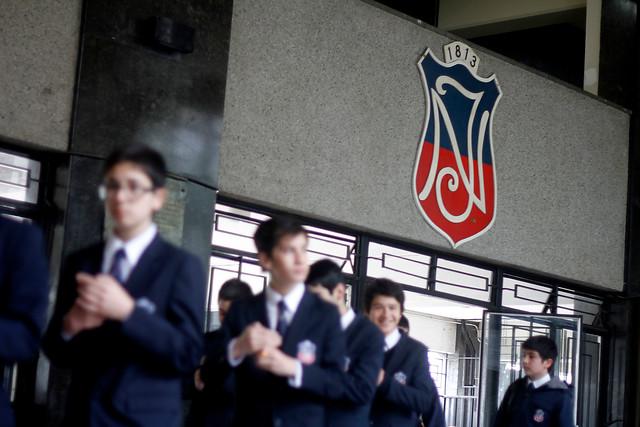 Decisión de hacer mixto el Instituto Nacional queda en suspenso: recontarán votos tras denuncia de irregularidades