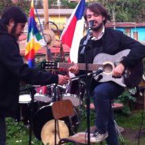 [VIDEO] Jorge Sharp evoca a Allende y canta uno de los himnos de la UP