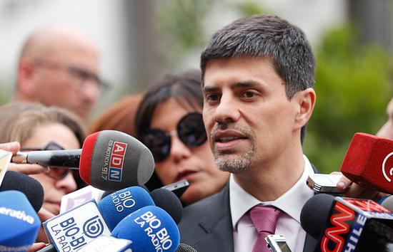 """Marcelo Díaz respalda a Valdés por reajuste: """"No se trata de voluntad de ceder, se trata de ser responsables con las finanzas públicas"""