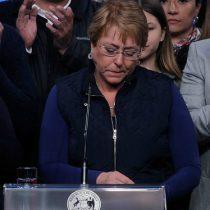 Cambio de gabinete: Bachelet estira el elástico para no aparecer pauteada