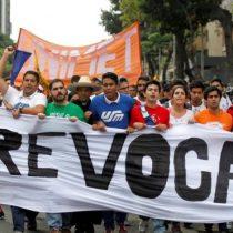 Oposición venezolana tropieza con nuevo escollo: CNE paraliza el referendo revocatorio contra Maduro