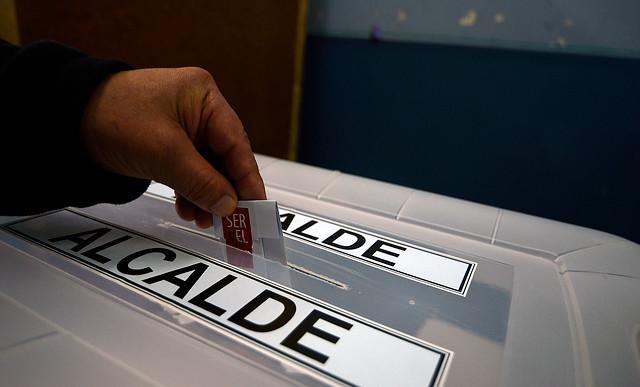 Medidas desesperadas: ingresan proyecto que rebaja a 16 la edad para votar