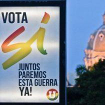 La lluvia marca la jornada del plebiscito en Colombia que transcurre con calma