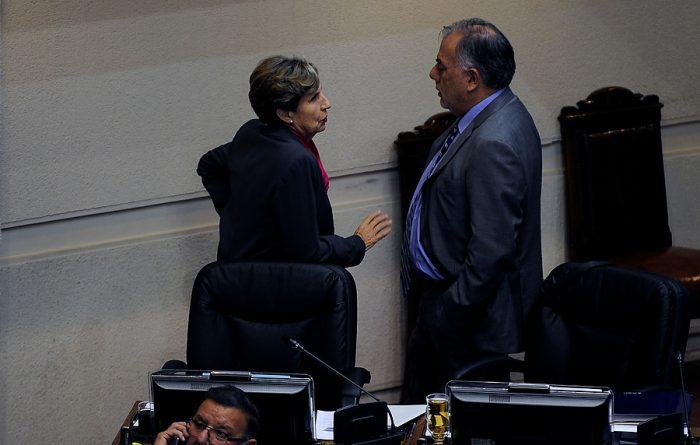 Isabel Allende se resta del Comité Central y Andrade propone decidir al presidenciable PS en las próximas elecciones internas