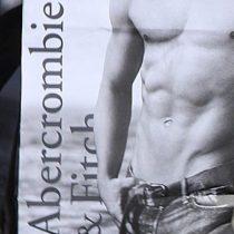 Abercrombie & Fitch: la dura caída de la marca que apostó por los jóvenes guapos y esculturales