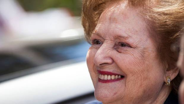 Lucía Hiriart es dada de alta tras