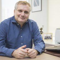 Academia Mundial de Ciencias premia a astrónomo y presidente de Conicyt Mario Hamuy