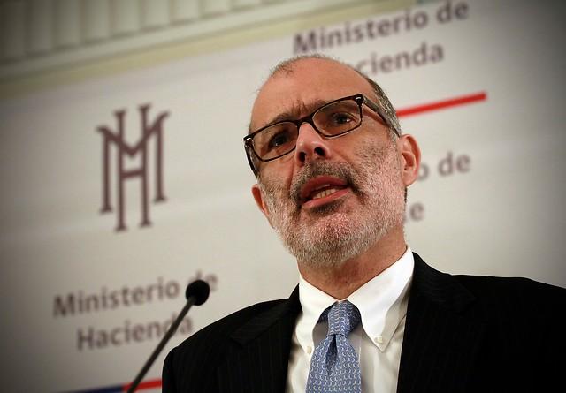 Ministro de Hacienda descarta envío por adelantado del Presupuesto 2018