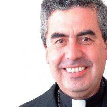 """Víctima de abuso denuncia a reemplazante de Ezzati en la Conferencia Episcopal: """"Me dijo que me suicidara"""""""