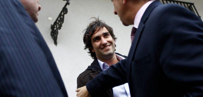 Insólito: Hijo de Piñera no declarará en comisión investigadora de Bancard porque no le han podido encontrar