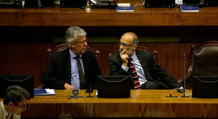 Bachelet atrapada: peligra permanencia de Valdés si se modifica guarismo del 3,2% de reajuste a funcionarios públicos