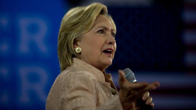 Moore consideraba que Clinton no entusiasmaba a los votantes.