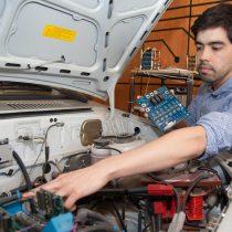 Ingenieros chilenos aumentan la potencia y autonomía de vehículos eléctricos