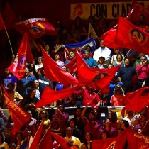 """Ernesto Águila analiza el """"vaciamiento social"""" del PC: """"Le está pasando lo mismo que al PS y la DC desde los 90"""""""