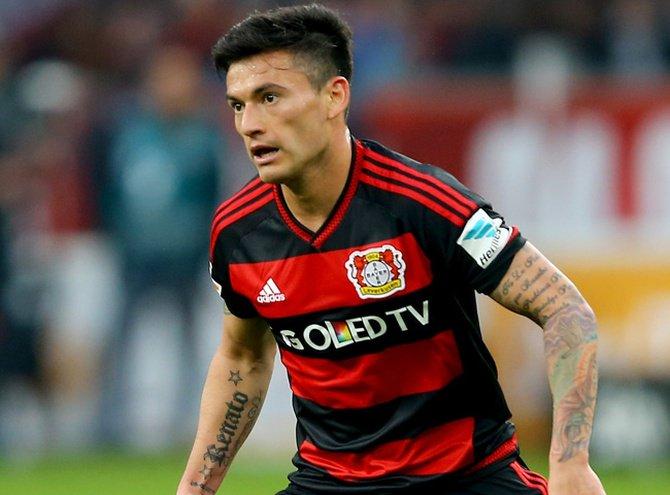 El City de Bravo y el Leverkusen de Aránguiz juegan hoy por los octavos de la Champions