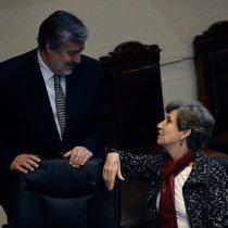 Guillier se desvive en elogios a Isabel Allende y apunta a fuertes presiones del laguismo para bajarla de la carrera presidencial
